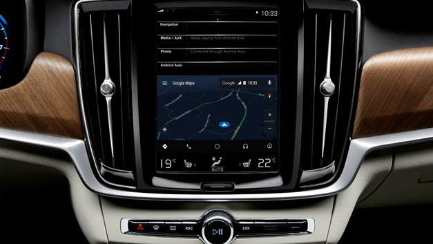 Android Auto mit Google Maps im Volvo S90.