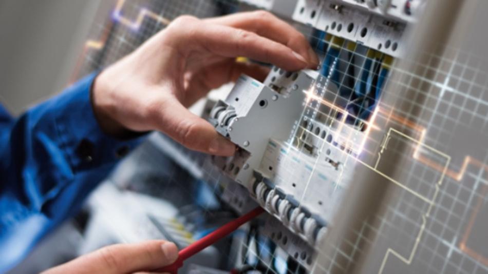 Ein neuer Brandschutzschalter von Siemens registriert Arten von Fehlerlichtbögen, bei denen die übliche Sicherung nicht reagiert.