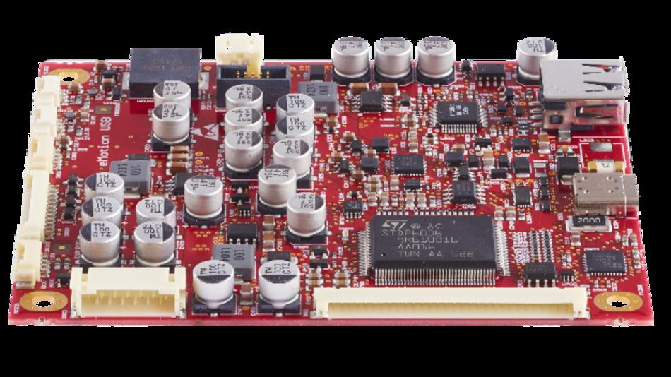 Das eMotion USB Controller-Board hat einen USB-Typ-C Eingang, der Display-Port Signale und auch Leistung überträgt.