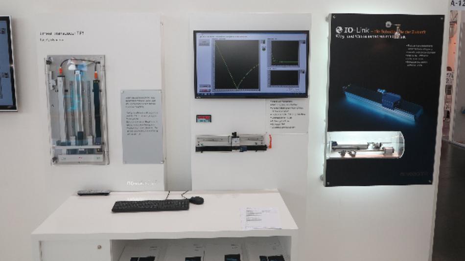 Interaktives Schaufenster von Novotechnik auf der sps ipc drives 2016