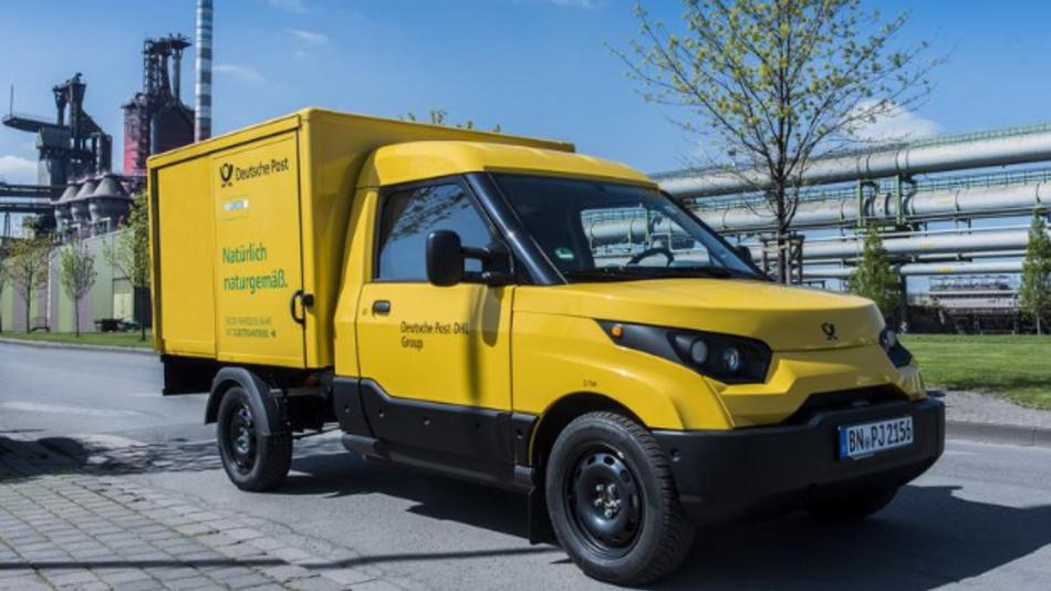 Die Deutsche Post setzt für die Paket- und Briefzustellung den StreetScooter ein. Thyssenkrupp hat die Entwicklung des Elektromobils unterstützt.