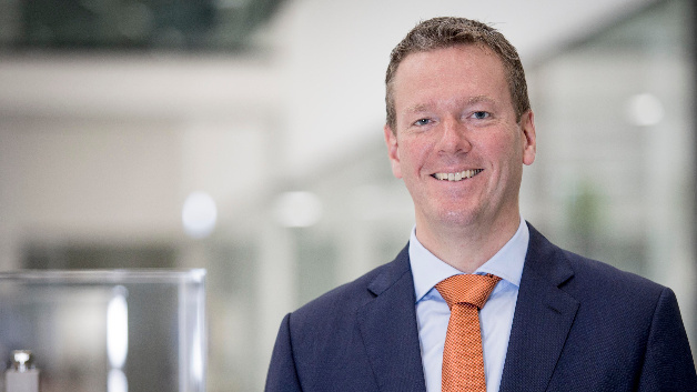 Philip Harting begann seine Karriere bei Harting 2005 als Managing Director Asien. Seit Oktober 2015 ist er Vorstandsvorsitzender.