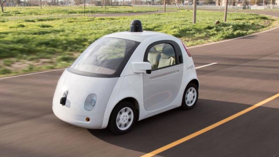 Das Google-Car wird wohl in derartiger Form nicht auf den Straßen zu sehen sein werden. Google hat von den Plänen, eigenen autonome Fahrzeuge zu bauen, Abstand genommen.