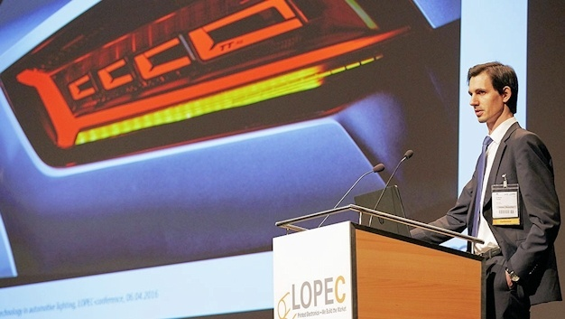 """""""OLED technology in automotive lighting""""; Dr. Werner Thomas, Project Manager """"Innovations Light"""" bei Audi"""