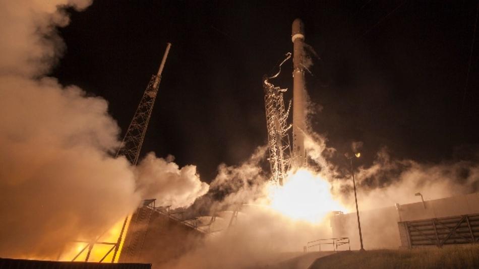 Der Weltraum kennt keine Grenzen, Jeff Bezos hat sogar schon einen Freiflug versprochen