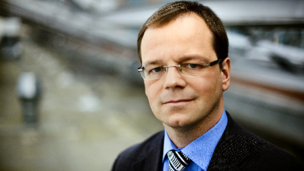 Dr. Matthias Hutter