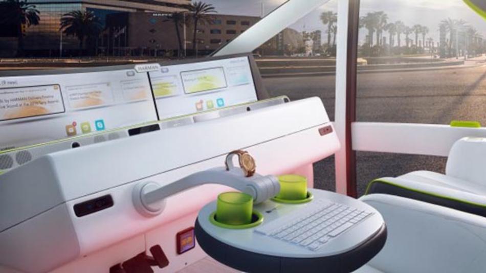 Im Rinspeed Oasis lässt sich das ZF-Lenkrad während des automatisierten Fahrens wie ein Klapptisch umlegen und fixieren.