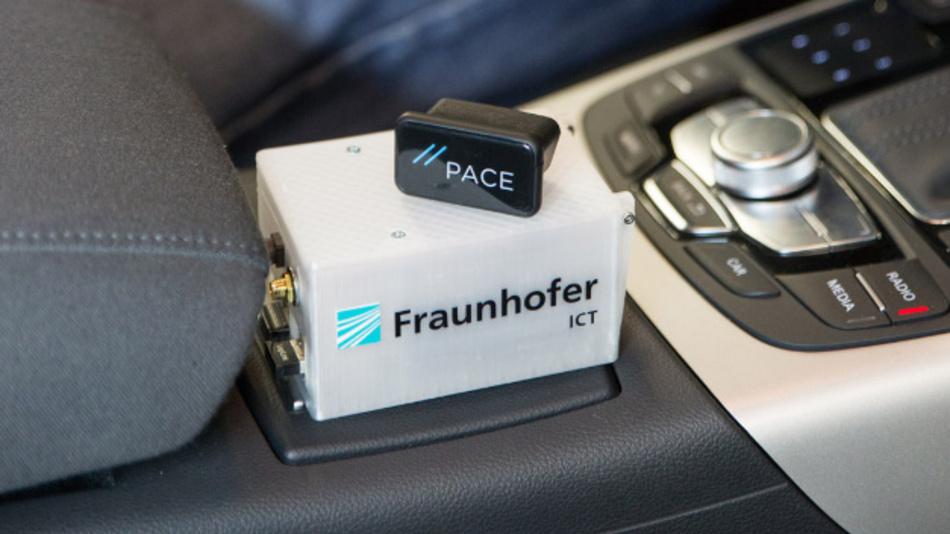 """Der Datenlogger der Projektgruppe """"Neue Antriebssysteme"""" (NAS) hilft beim Entwickeln neuer Hybrid- und Elektrofahrzeuge und steigert die Effizienz von Fahrzeugflotten."""