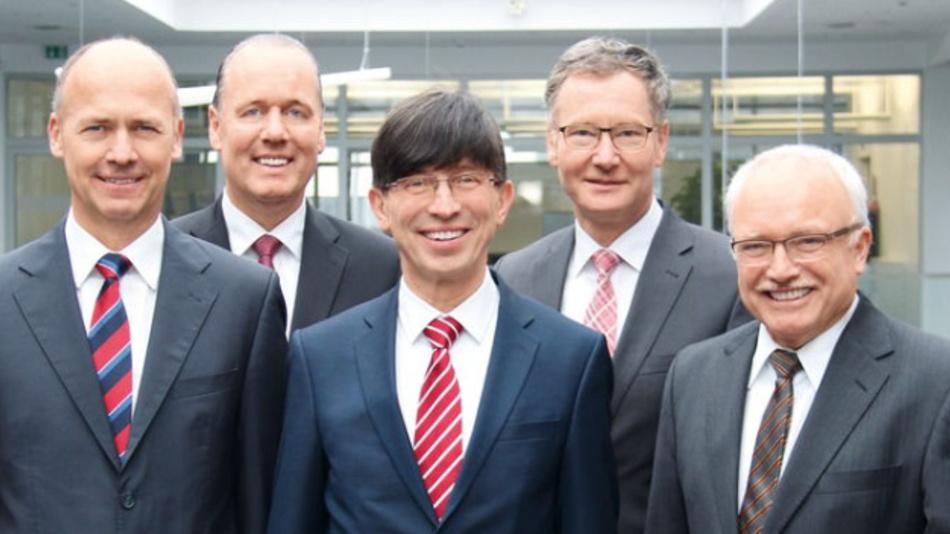 Phoenix Contact hat sich von Dr. Martin Heubeck (ganz links), einem der Geschäftsführer und CFO der Unternehmensgruppe, getrennt.