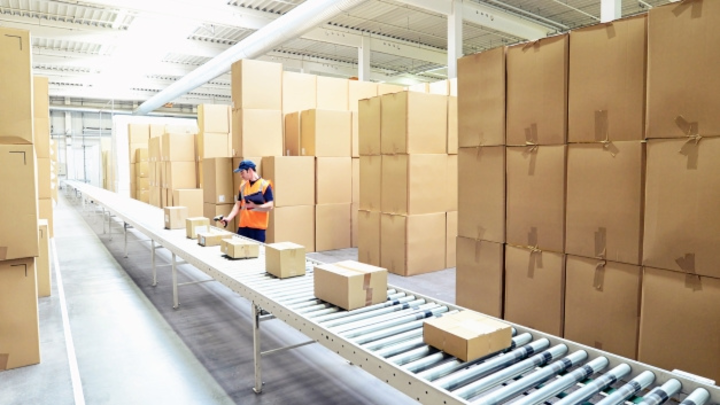 Logistik Rückgabe Pakete
