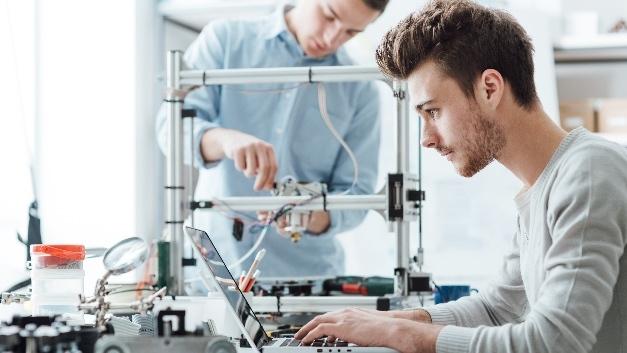 Zwei Studien loben die Innovationskraft der deutschen Industrie. Sorgen bereitet den Autoren der Mittelstand.