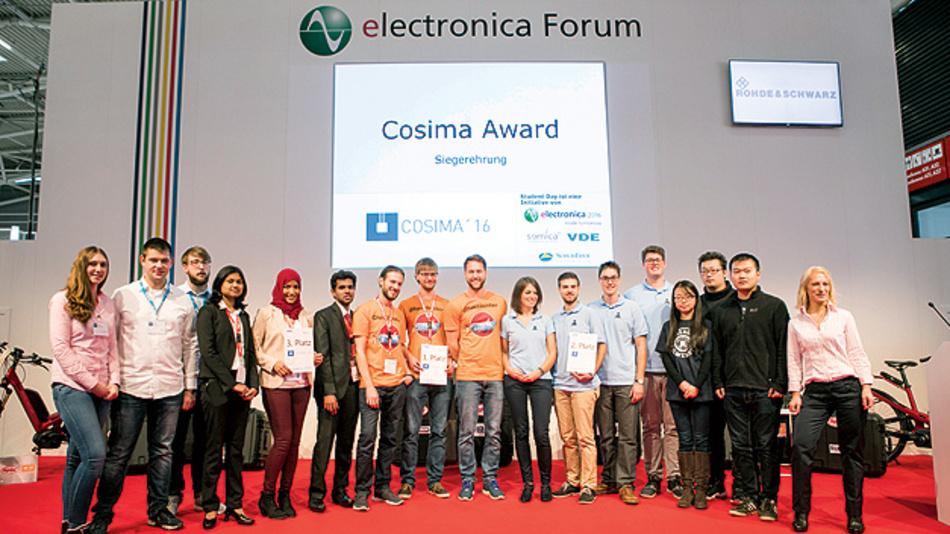 Die Preisträger des VDE/BMBF-Studentenwettbewerbs Cosima präsentierten im Rahmen der Electronica ihre Projekte.