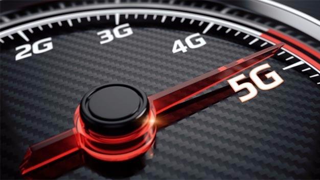 """Die Initiative """"Towards 5G"""" auf dem Weg zum vernetzten Fahrzeug ist eine wichtige Gelegenheit für die drei Partner, ihr Wissen zu bündeln, um die Herausforderungen im Bereich neuer Mobilitätsdienstleistungen und dem """"Internet of Things"""" gemeinsam anzugehen."""