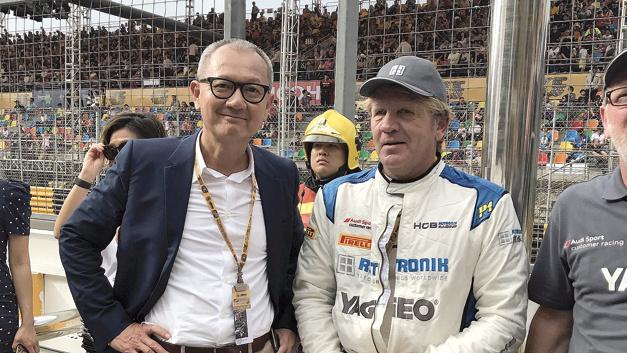 Pierre Chen, CEO Yageo (links), und Thomas Rudel, CEO Rutronik (rechts), nutzen den Macau Grand Prix für ausführliche Gespräche.