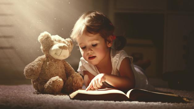 Kinder erzählen ihrem Kuscheltier viele Geheimnisse Doch was passiert, wenn der Teddy zuhört und die Informationen weitergibt?