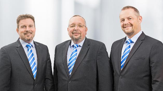 Das Vertriebs- und Key-Account-Management-Team von Bicker Elektronik wurde erweitert: Von links nach rechts: Carsten Lenz (Key-Account-Manager), Rainer Lefert (Head of Sales Power+Board) und Bodo Bühn (Key-Account-Manager)