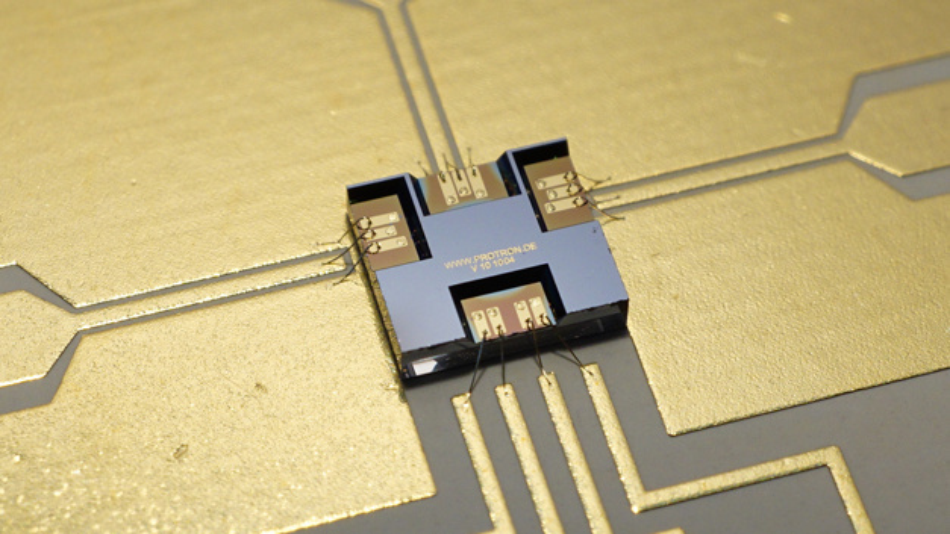 HF-MEMS-Schalter (Wechsler) von Telemeter Electronic per Drahtbonden kontaktiert