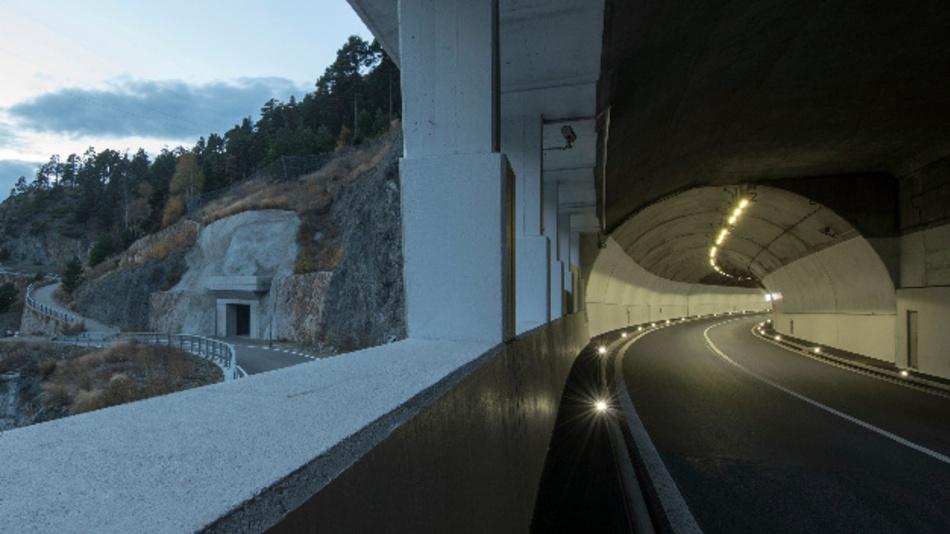 Von Grund auf saniert: Der Schallbergtunnel in der Schweiz.