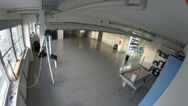 Produktionshalle der High Q GmbH im Umbau.