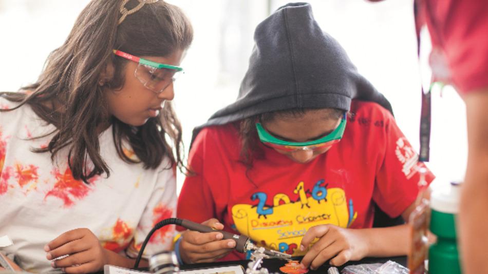 Löten, forschen, codieren: Kids, Entwickler und Modder wollen machen, machen, selber machen