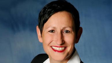 Karin Hernik, Schneider Electric