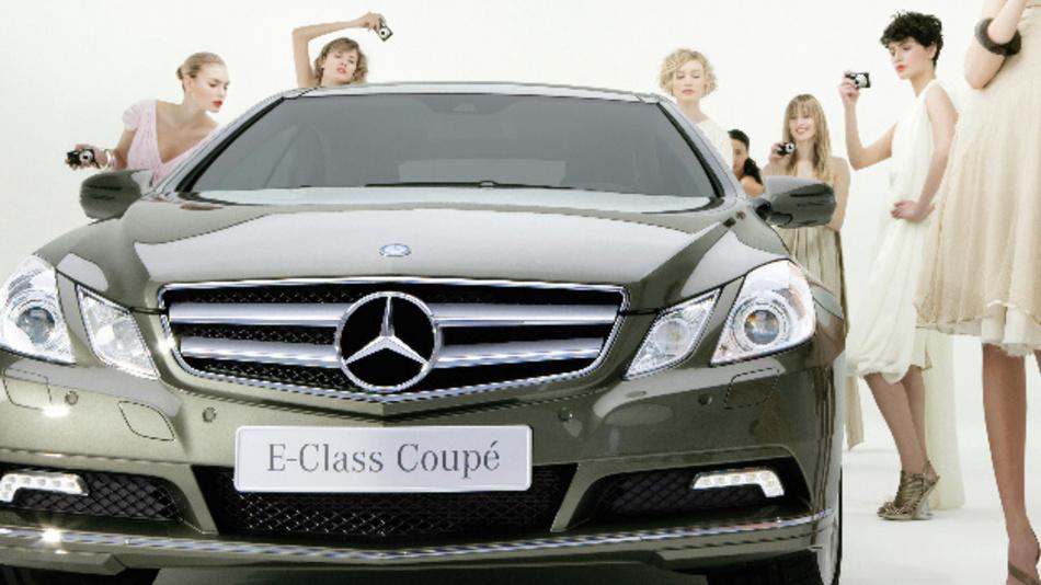 Die E-Klasse von Mercedes-Benz soll künftig auf der globalen Plattform von Uber angeboten werden.