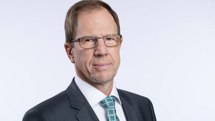 Dr. Reinhard Ploss, Infineon: »In den kommenden Monaten erwarten wir weiteres Wachstum in unseren Märkten, auch die langfristigen Trends stimmen uns zuversichtlich.«