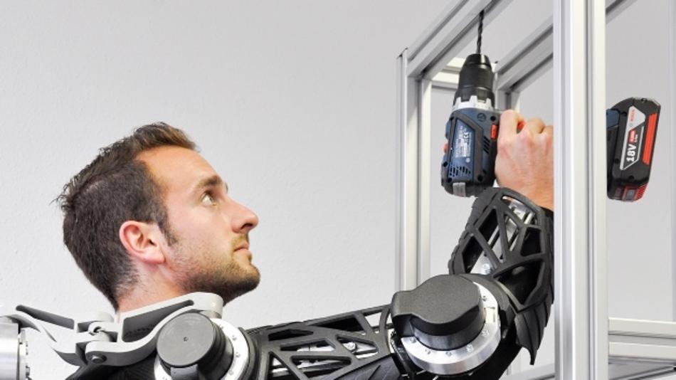 Die Technik unterstützt den Menschen. Im neuen Future Work Lab untersuchen Wissenschaftler die Auswirkungen auf den Arbeitsalltag.