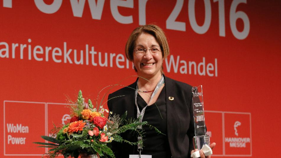 Im vergangenen Jahr wurde Herna Munoz-Galeano, Geschäftsführerin von HMG System Engineering, zur Engineer Powerwoman gewählt.
