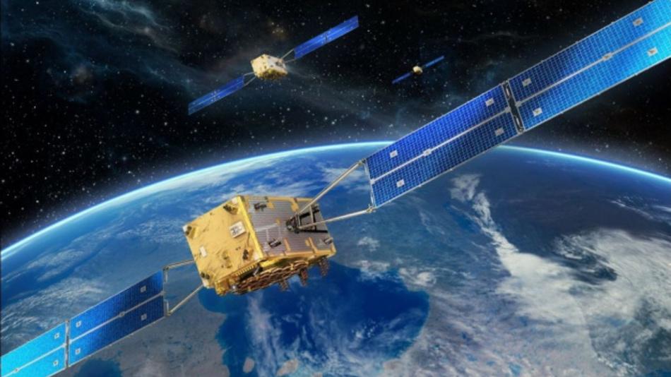 Europäische Galileo Navigationssatelliten in ihrer Umlaufbahn in 23,222 km Höhe.