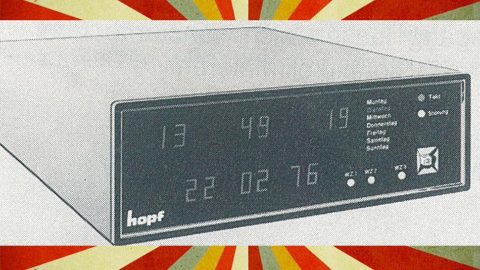 Eine Atomuhr der Firma Hopf aus dem Jahr 1977.