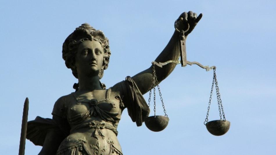 Facebook-Posts können schnell vor Gericht landen.