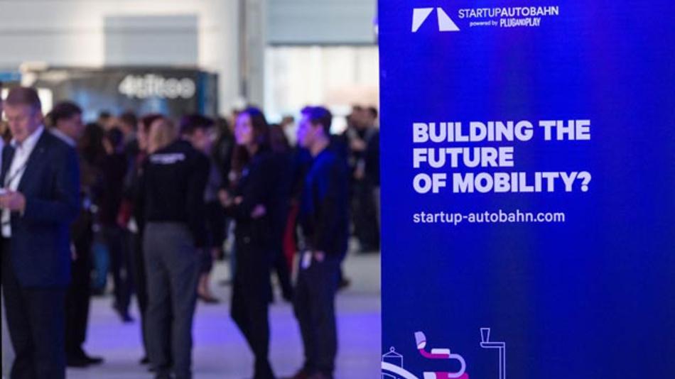Porsche ist neuer Partner der Innovationsplattform Startup Autobahn in Stuttgart.