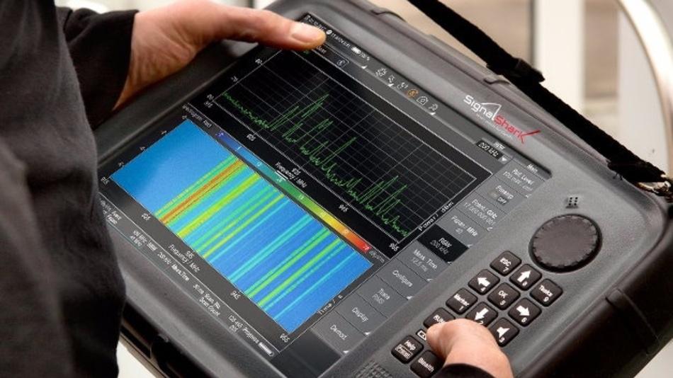Echtzeit-Frequenzanalysator SignalShark von Narda STS