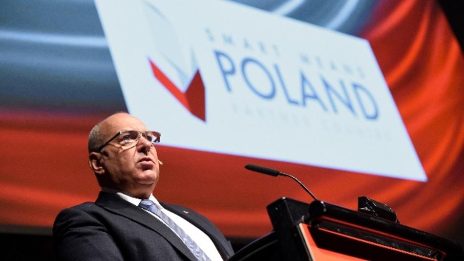 Tadeusz Koscinski, stellvertretender Minister für wirtschaftliche Entwicklung in Polen, lobte die polnische Industrie, verschwieg aber auch große Umweltprobleme bei der Energieversorgung im Partnerland.