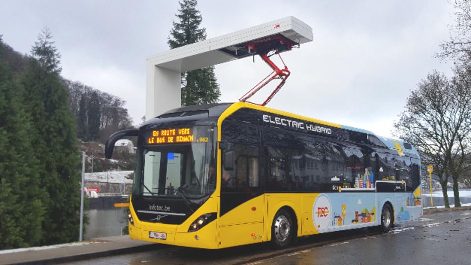 Die Elektro-Hybridbusse sollen im Linienverkehr der Städte Charleroi und Namur eingesetzt werden.