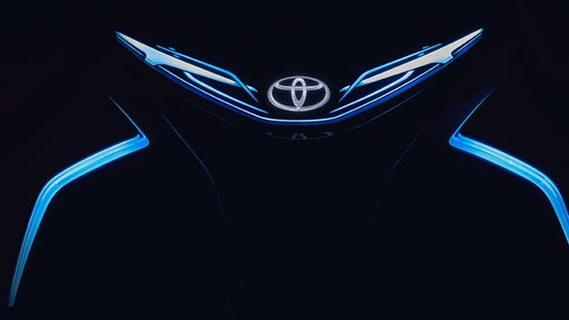 Noch geheim: In Genf will Toyota die elektrisch und autonom fahrende Studie i-TRIL Concept vorstellen.
