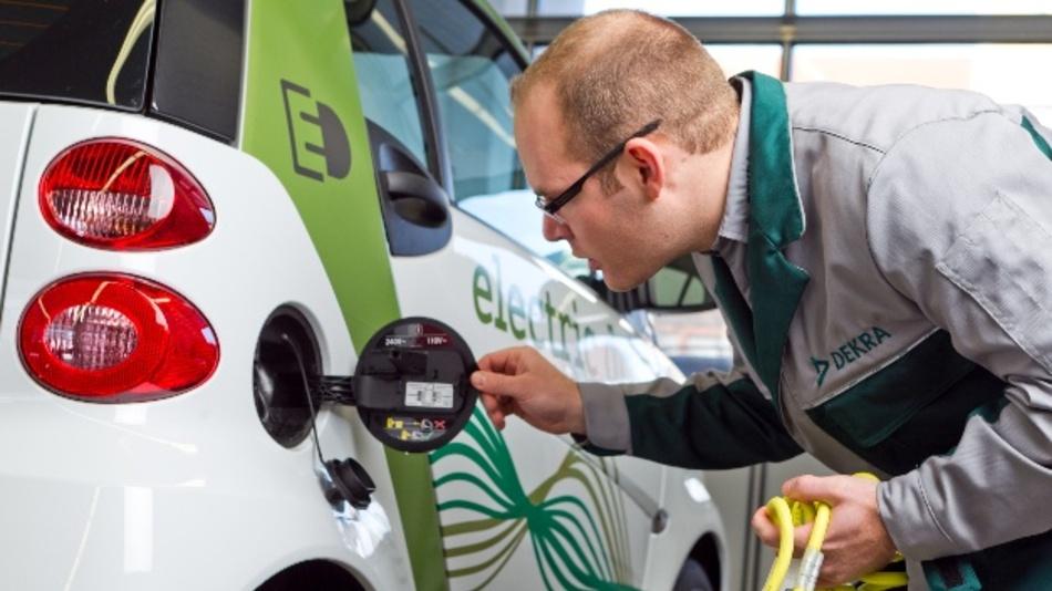 Die Bundesbürger haben noch Vorbehalte gegenüber der Elektromobilität