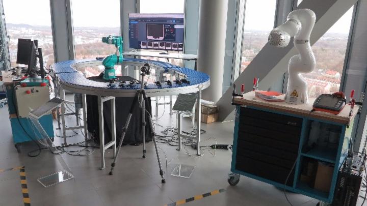 Industrie-Roboter-Laborplatz im IBM Watson IoT Center.
