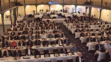 Stuttgarter Innovationstage in der Alten Reithalle des Maritim-Hotels