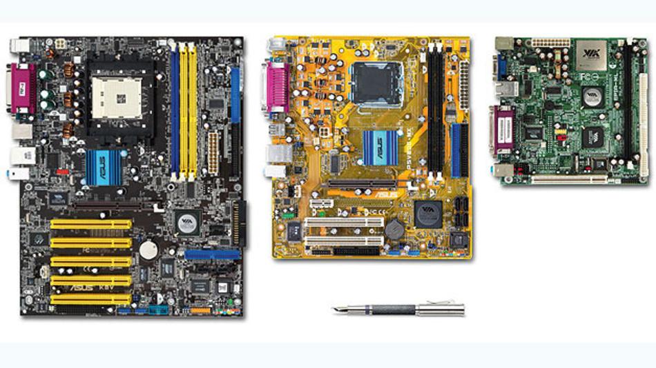Größenvergleich System-Boards: Standard-ATX, Mikro-ATX, Mini-ITX.