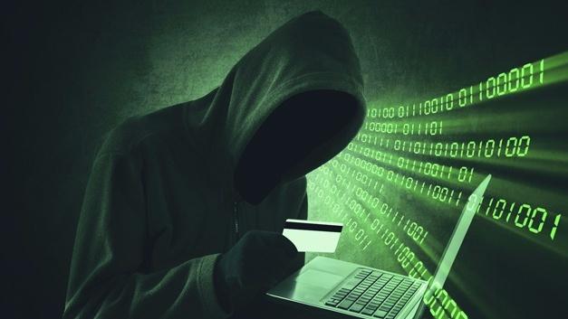 Durch Abweichungen vom normalen Verhalten können Spionageversuche von Mitarbeitern erkannt werden.