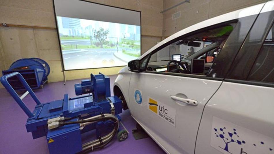Renault und Heudiasyc haben ein neues Labor eröffnet, das sich Forschungen rund um das selbstfahrende Auto widmet.