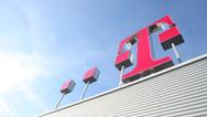 Deutsche Telekom Logo Dach schräg