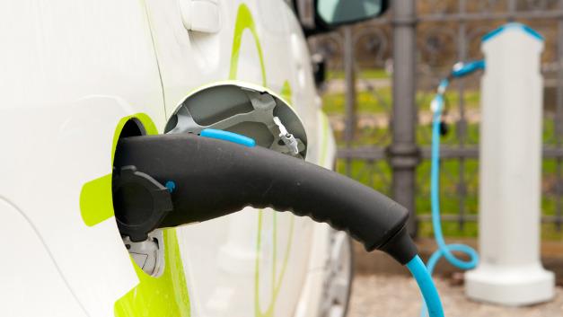 Das kombinierte Ladesystem CCS ist ein Ladestandard für Elektrofahrzeuge aller Art.