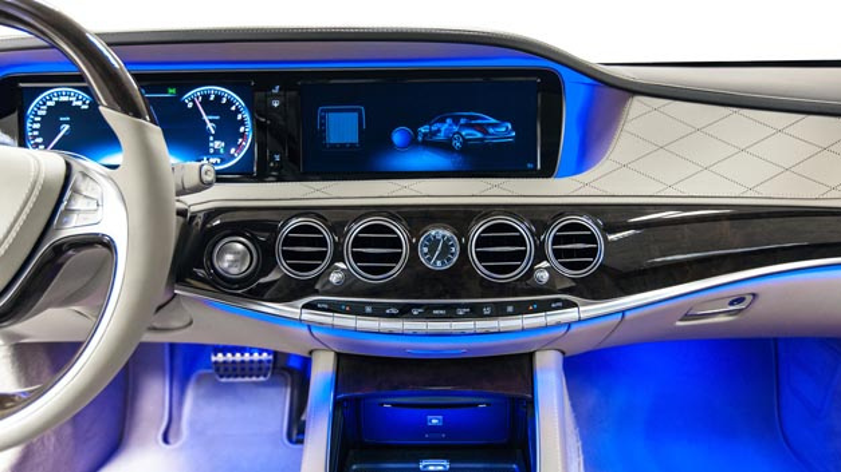 Wohlfühlfaktor Ambiet Light im Fahrzeug: Das Konzept der Iseled Allianz mit neuem Mitglied Lucie Labs senkt die Kosten, vereinfacht die Ansteuerung der LEDs und erweitert den Funktionsumfang von LED-Beleuchtung und Display-Funktionen.