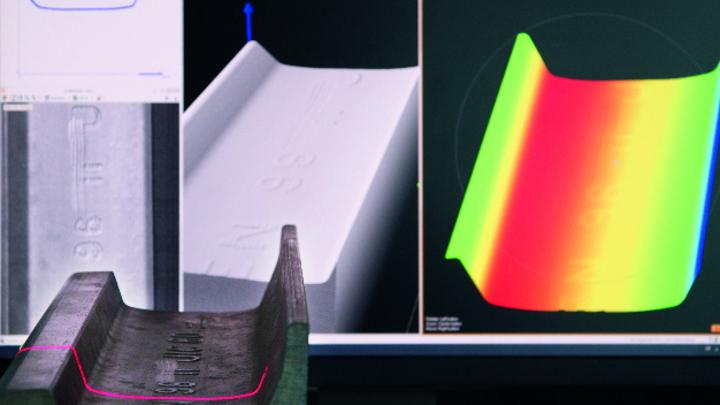 Neben der Laserlinie und dem 3D-Bild gibt der Sensor auch die Helligkeitswerte der Laserlinie, ein sogenanntes Intensity-Image, aus.