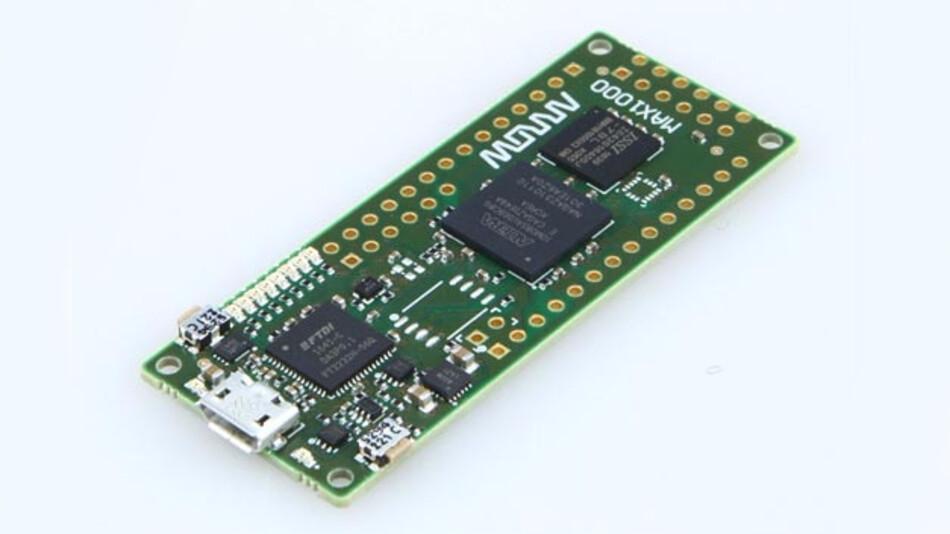Das Arrow MAX1000 Board enthält einen Intel MAX10-FPGA mit 8000 Logikelementen.