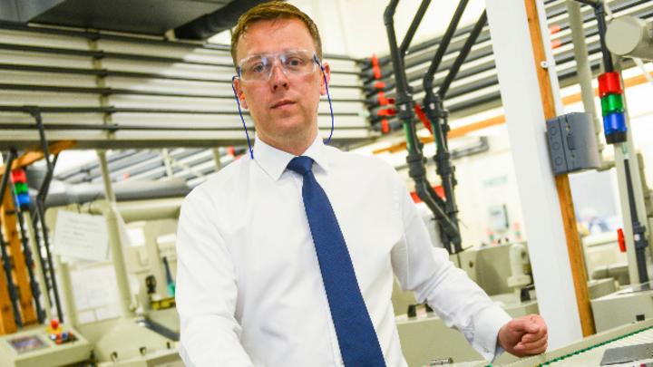 Mick Taylor, kaufmännischer Geschäftsführer des Ätztechnik-Spezialisten Precision Micro aus Birmingham, England.