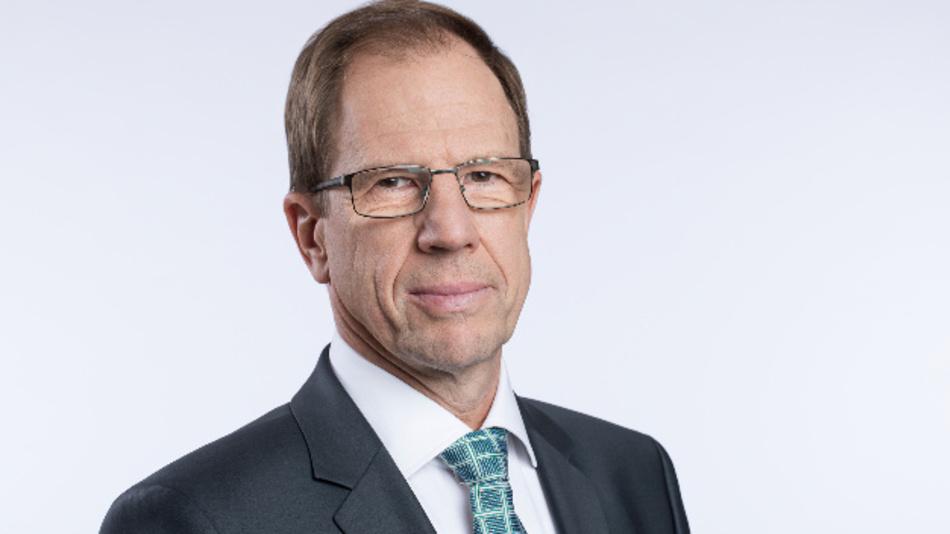 Kann sich über einen höher als erwarteten Umsatz freuen: Reinhard Ploss, CEO von Infineon
